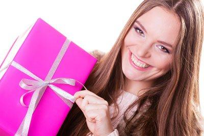 ¿Qué regalarle a una mujer según su signo?